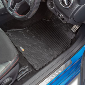 Travall® Mats for Mercedes Benz Classe B 5 Porte (2011 >) / Classe A 5 Porte (2012 >) / A 45 AMG (2013-2018)/CLA Coupé/A/CLA 45 AMG (2013 >)/Shooting Brake (2015 >)