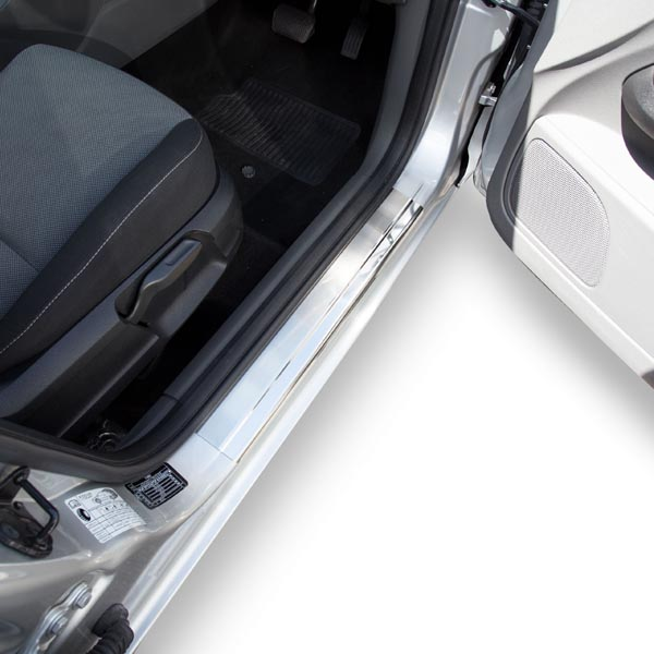 Travall® Sillguards per Ford Focus 5 Porte Hatchback (2005-2010)